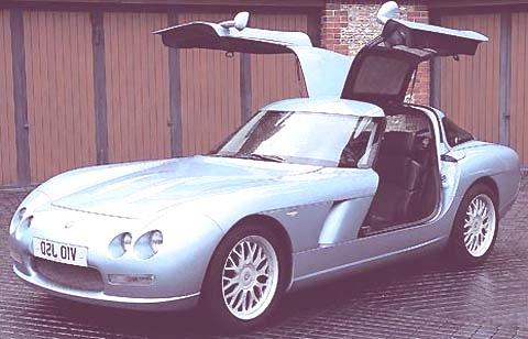 bristol fighter_78 blue front right open door static  v10 engine max power 525bhp@5500rpm 0-60mph 4sec max speed 210mph £229,129