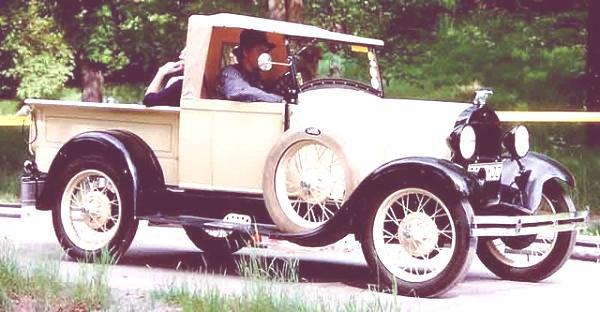 1928_Ford_Model_A_76A camioneta