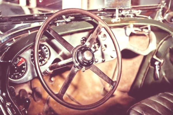 volante-antiguo