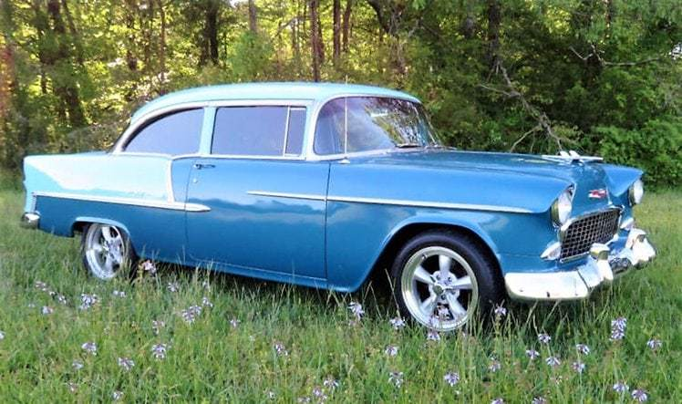 chevy, Pick of the Day: 1955 Chevy Bel Air resto-mod en azul, ClassicCars.com Journal