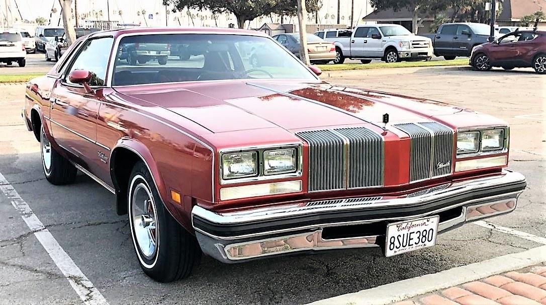Elección del día: Oldsmobile Cutlass Supreme de 1976, un original bien conservado