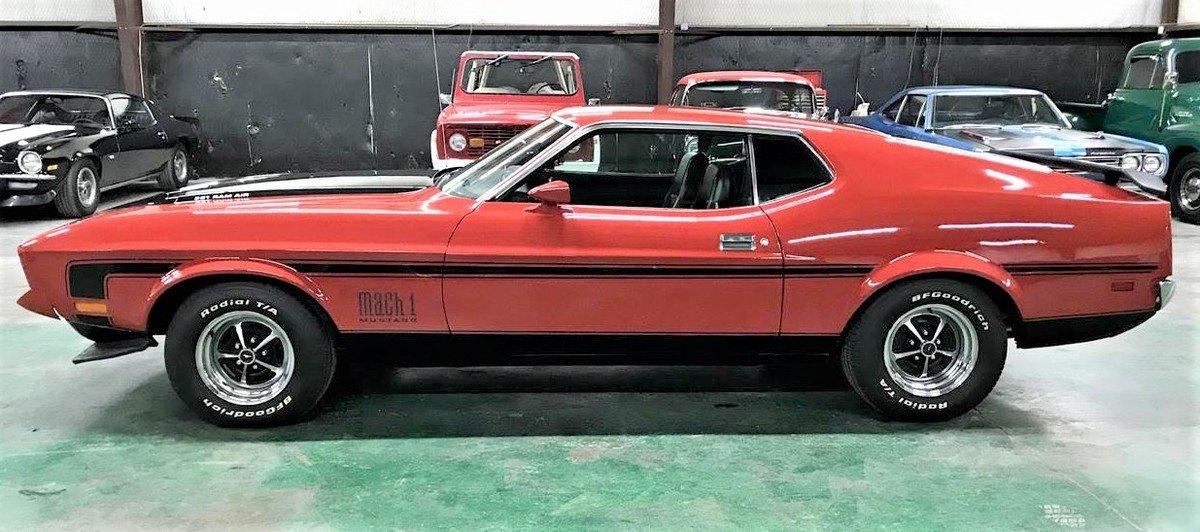 Coche de James Bond: Mustang Mach 1 de 1972