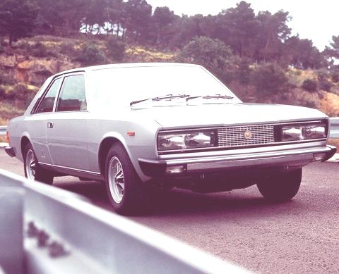 Fiat 130 Coupe-06