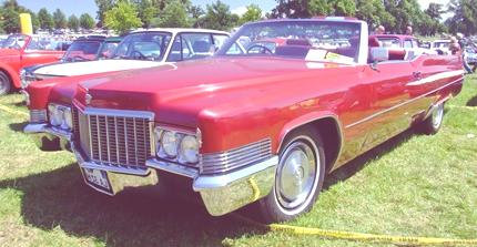 Cadillac_DeVille_260PS_1969_2