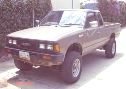 Historia de las Pick-Up nissan pick up