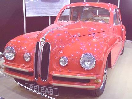Bristol_401_red_f_TCE