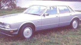 Jaguar XJ-40 1986, historia