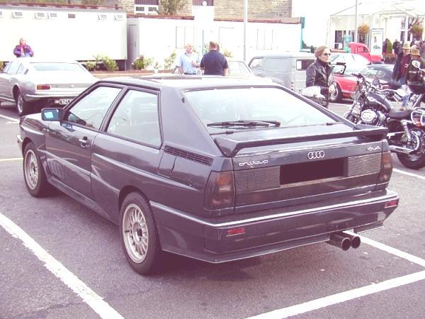 Historia de todos los modelos Audi en los años 1980s y 1990s Audi_quattro